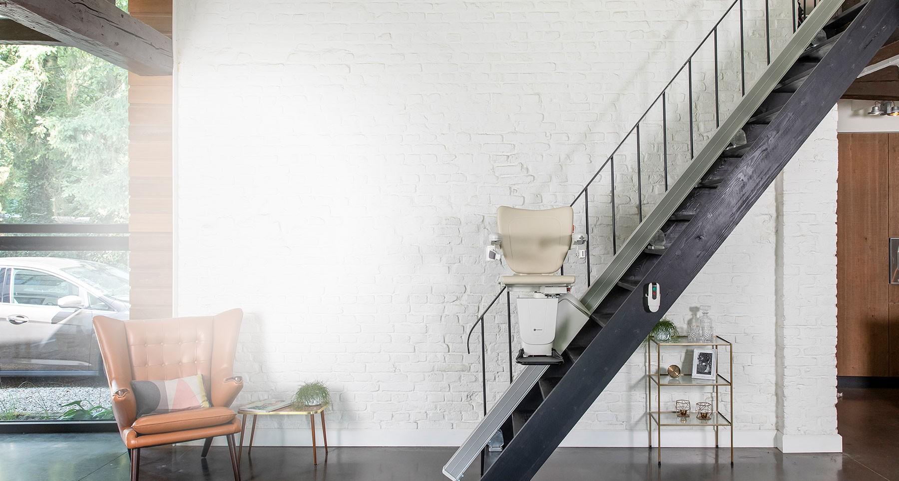 Sitzlifte für gerade Treppen