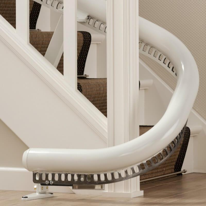Kurvenlift für schmale Treppen, Schienensystem unten mit Parkkurve, detail