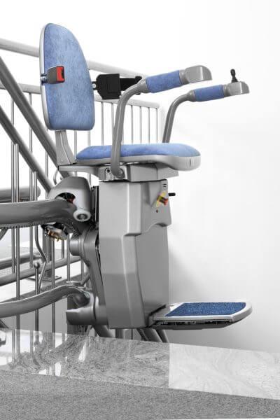 Treppenlift für kurvige Treppen, Aufwärtsfahrt