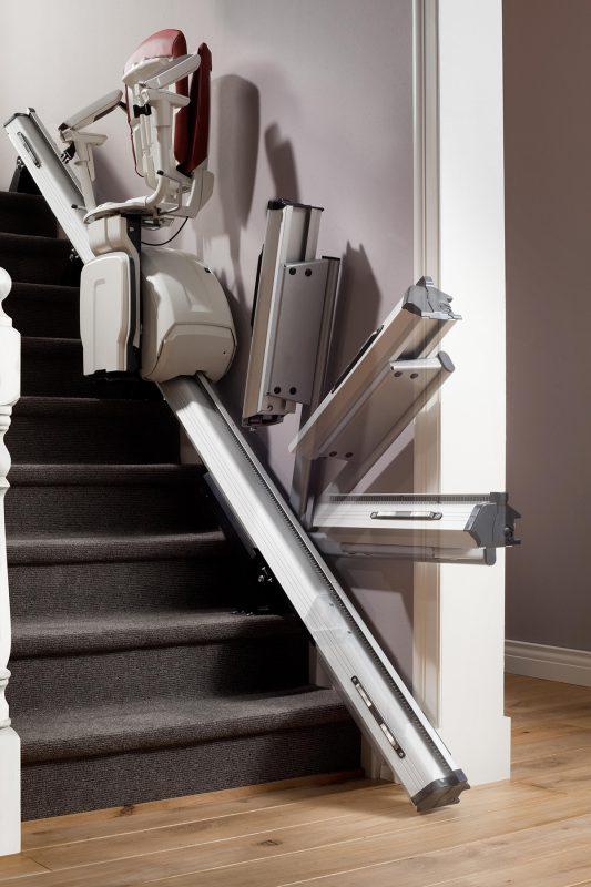 exklusiver treppenlift in edlem design. Black Bedroom Furniture Sets. Home Design Ideas