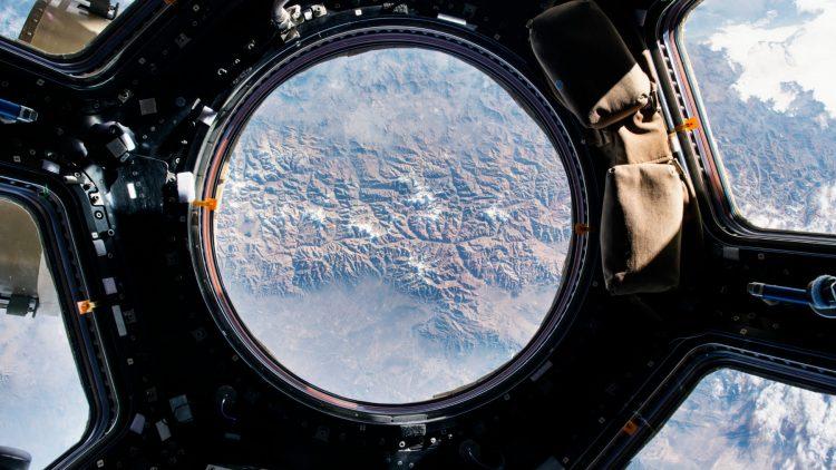 An Bord der International Space Station - Blick von der Cupola auf die Erde